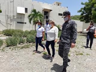 Gobernadora de Azua visita cárcel Kilómetro 15 para dar seguimiento a solicitudes