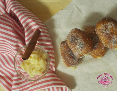 Xuxos, susos o pepitos rellenos de crema pastelera