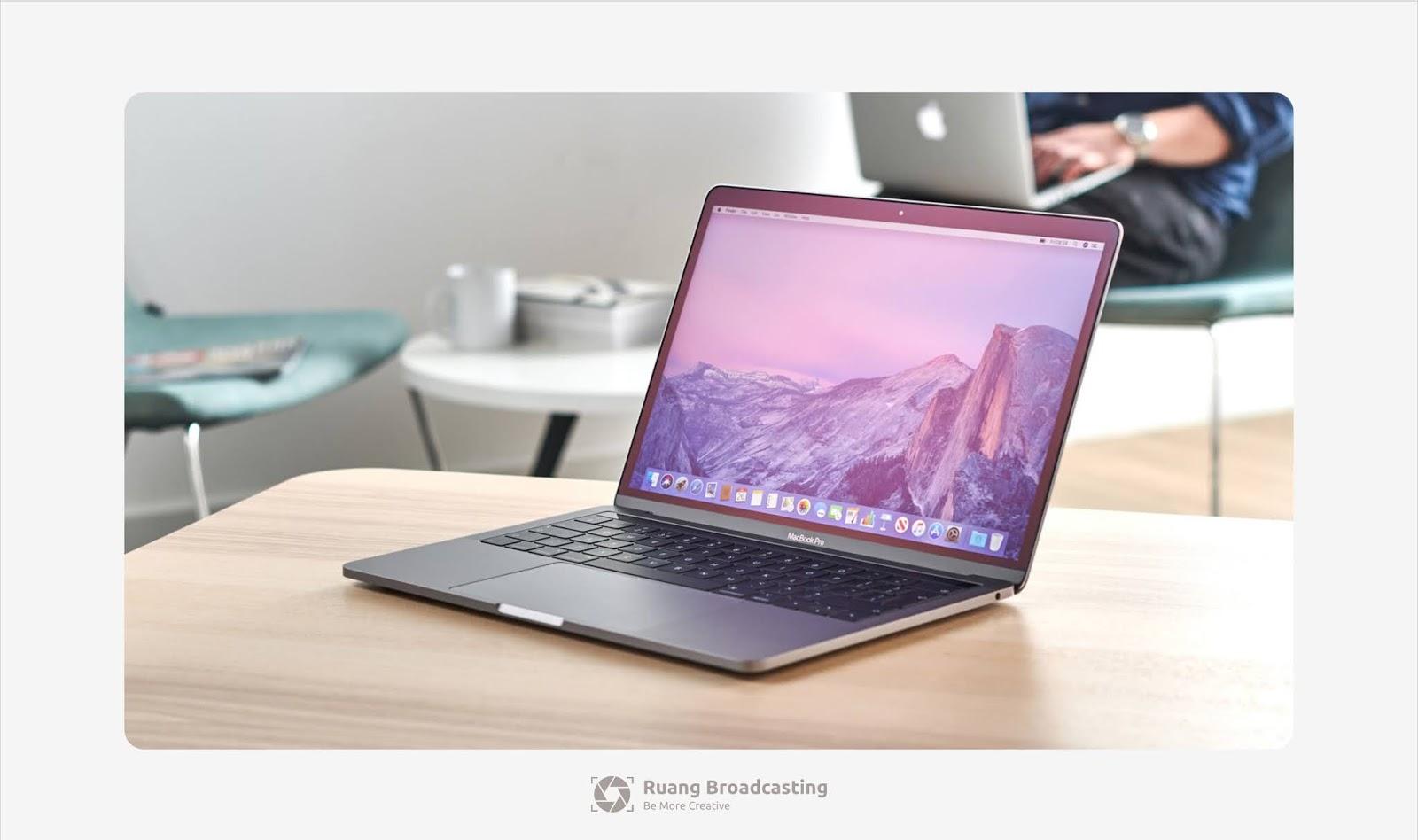 Laptop desain grafis terbaik 2020