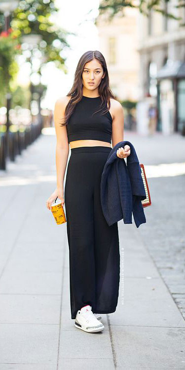 Need Style Inspiration for Fall Season. See these 31 Most Popular Fall Outfits to Truly Feel Fantastic. Fall Style via higiggle.com | jumpsuit | #fall #falloutfits #fashion #jumpsuit