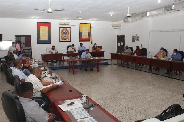 hoyennoticia.com, Proyectos de viviendas y económicos presentó alcalde de Maicao al Concejo