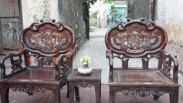 Giá bán bộ bàn ghế minh lùn gỗ trắc