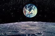 Žemiškieji gyvybės pėdsakai – Mėnulyje?