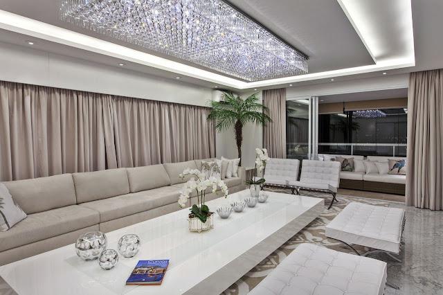 sala-luxuosa-lustre-cristal