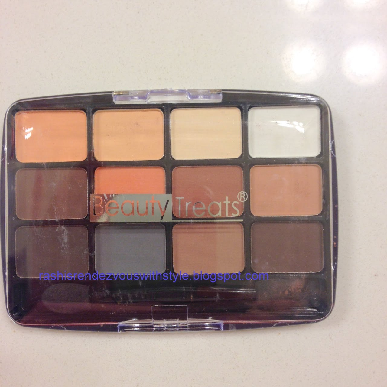 Rashi's Rendezvous With Style !!: Viseart Neutral Matte Eyeshadow ...