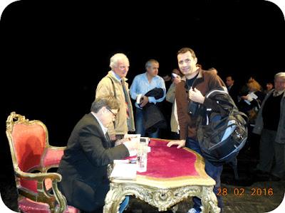 Emil Hurezeanu - sesiune de autografe