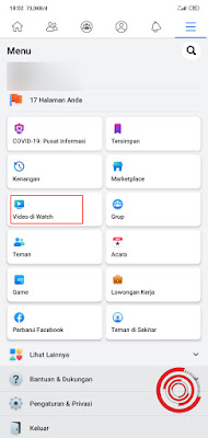 1. Silakan kalian buka aplikasi Facebook lalu pilih menu Video di Watch