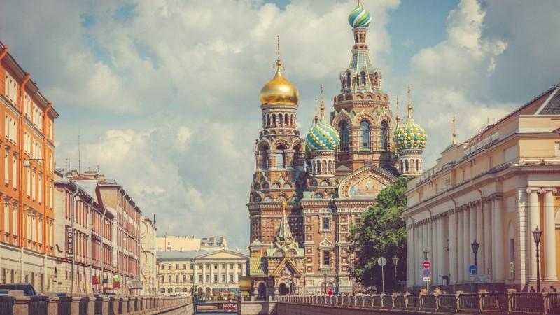 Россия: любопытный случай валютных интервенций