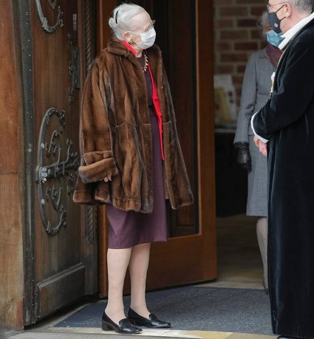 Brown fur coat. Aarhus Cathedral Choir that performed Easter hymns. Crown Princess Mary, Princess Isabella and Princess Marie