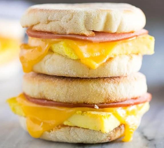 FREEZER BREAKFAST SANDWICHES #delicious #recipes