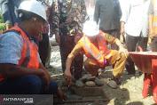 Bupati Pessel Hendrajoni Meletakan Batu Pertama Pembangunan Kantor Camat Pancung Soal,