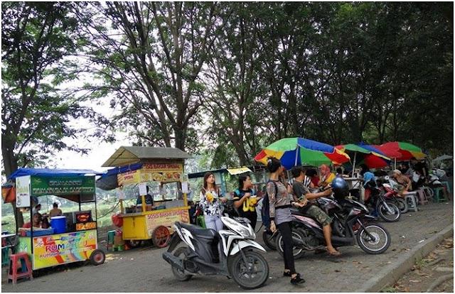 Boulevard Square Cemara Asri, Taman Teduh di Sub Urban Kota Medan