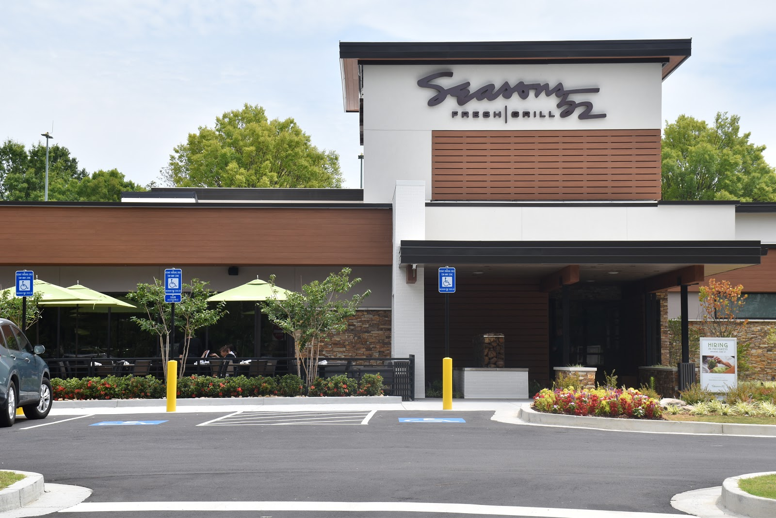 Freshly Prepared Seasonal Dishes: Seasons 52 in Buford Review