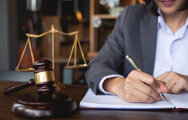 tips choose top business lawyer