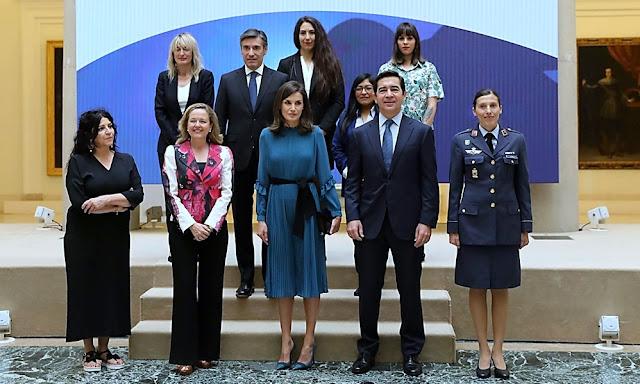 Seis mujeres excepcionales hablan sobre el valor de una oportunidad con la reina Letizia.