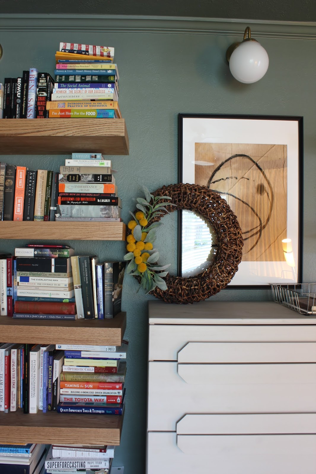 Something different late fall home tour wreath on bookshelf | House Homemade