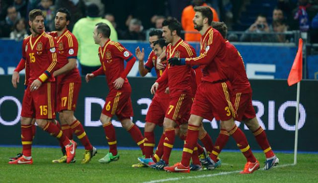 Spanyol vs Republik Ceko