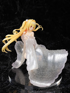 Golden Darkness -Shiromuku- 1/7 de To LoveRu Darkness, F:NEX (FuRyu)