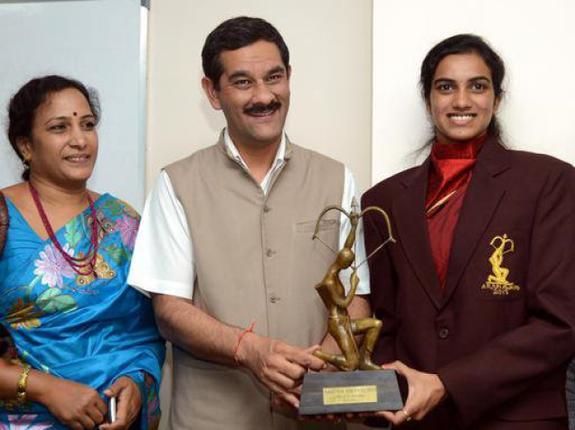 Sindhu mendapatkan Penghargaan Arjuna