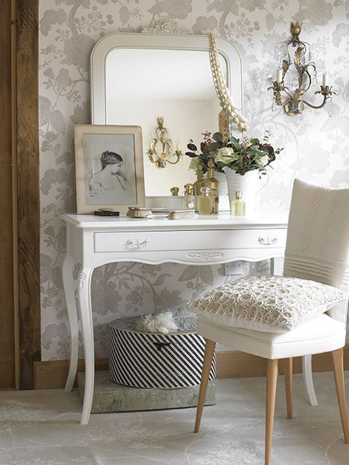 pretty girly dressing table