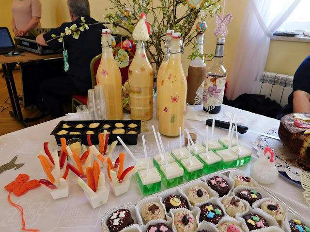 wypieki, ciasta, muffiny, ajerkoniak, stoły wielkanocne w Nowym Kramsku, Babimojszczyzna