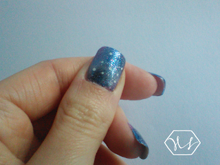 winter galaxy nail art - thumb