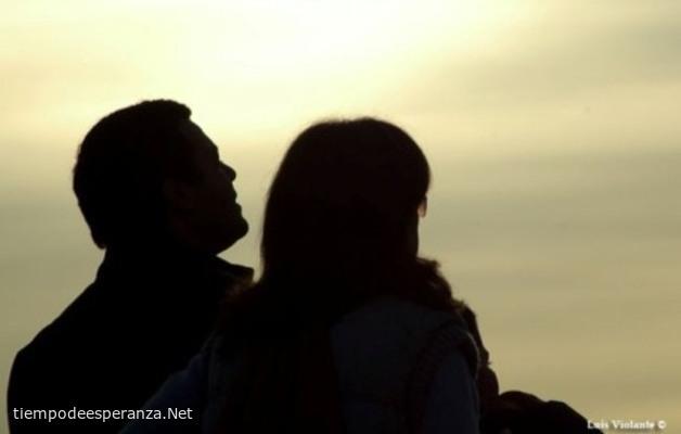 Pareja de esposos juntos