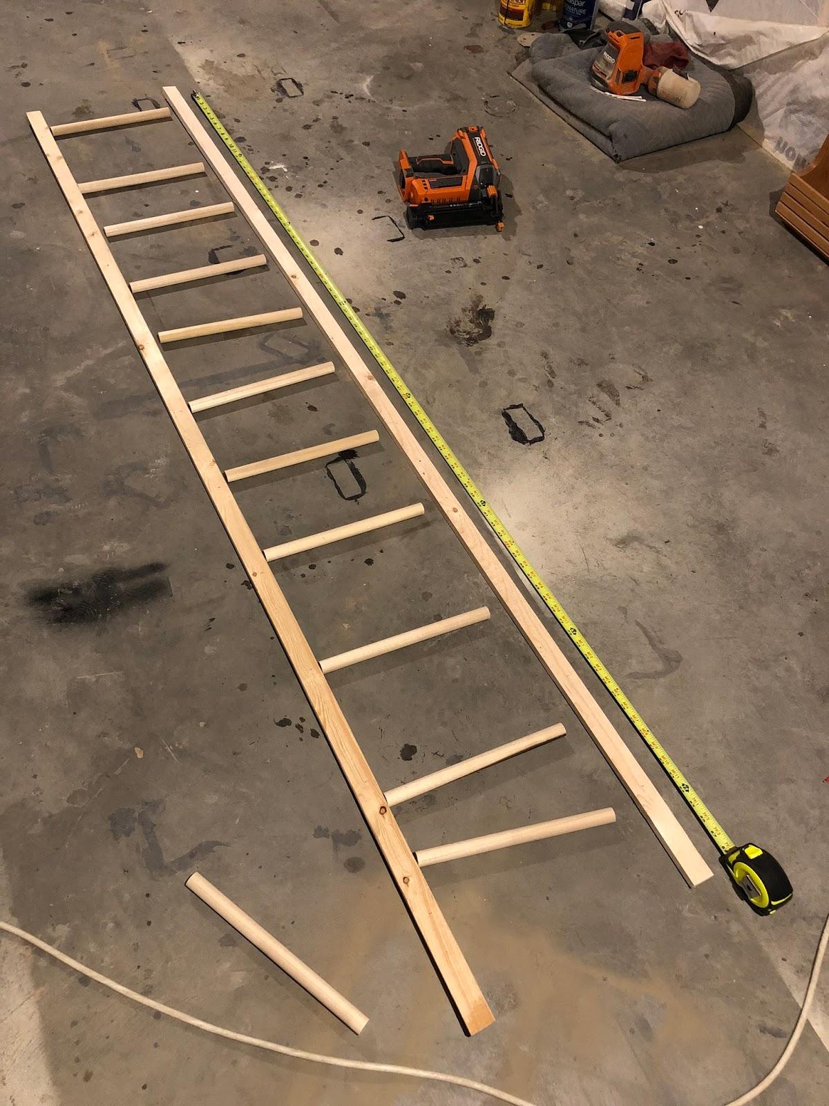 Grey Birch Designs: Easy DIY Blanket Ladder