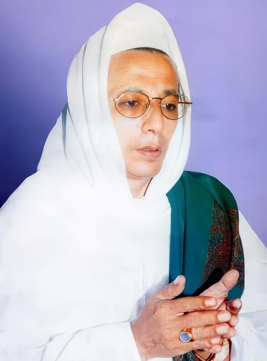 Kumpulan Foto Lama Habib Luthfi Bin Yahya Santrijagad