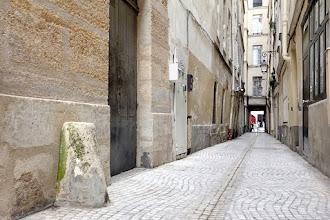 Paris : Impasse Saint-Denis, réminiscence médiévale en plein coeur de la ville - IIème