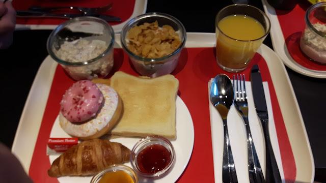 Frühstücksbüffet im Ibis Styles Basel City