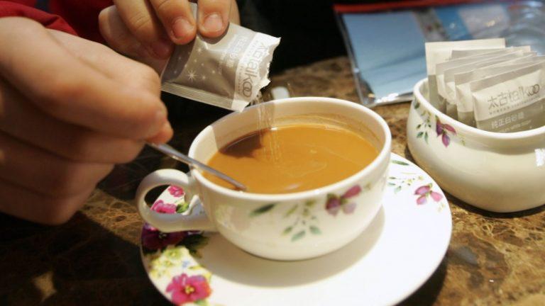 chicara de café com leite