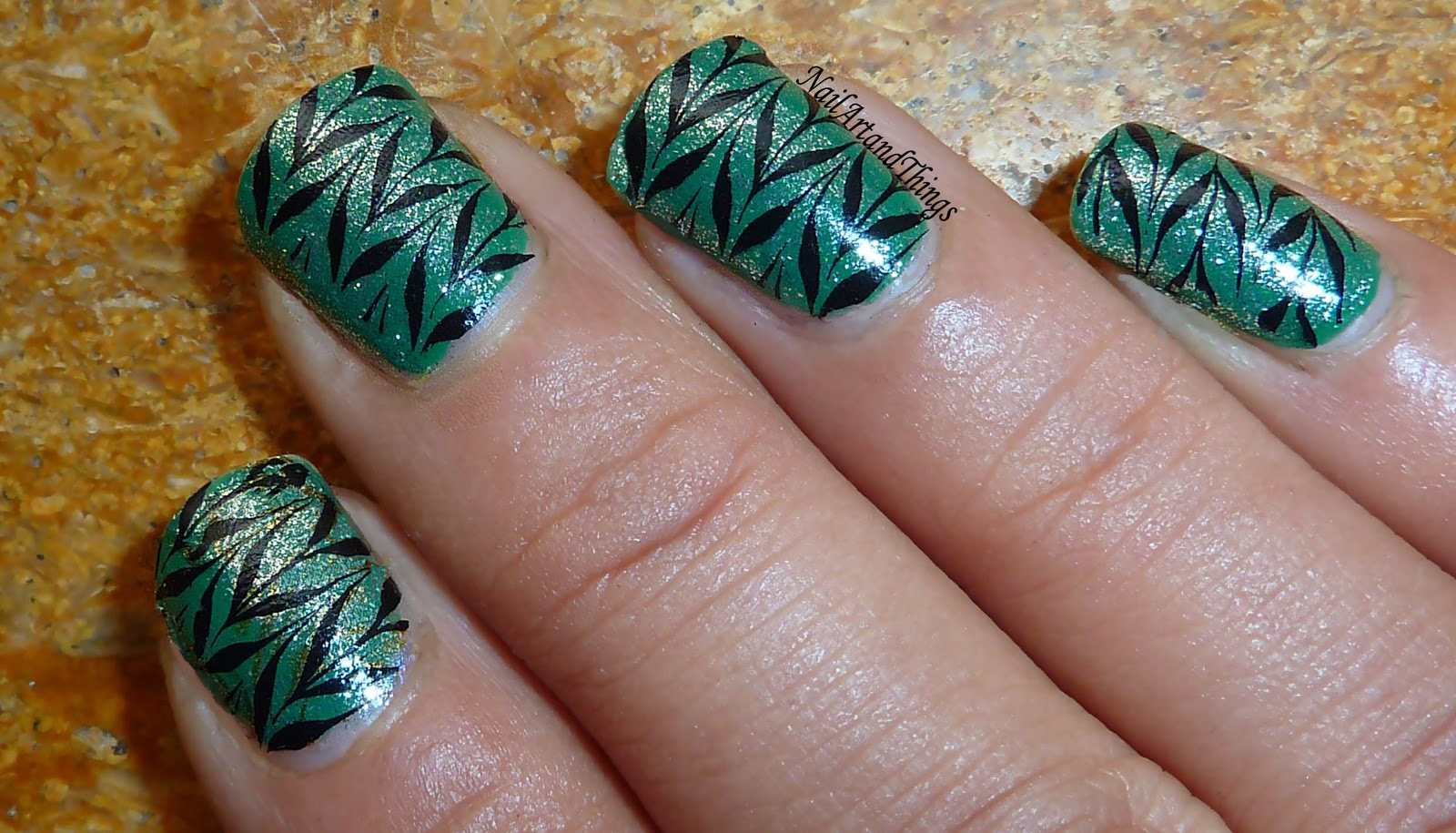 Nailart And Things December 2011