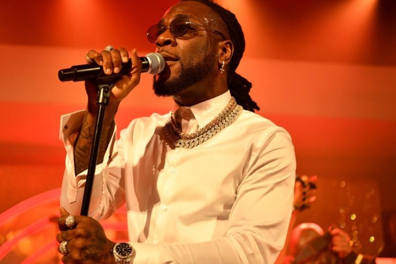 Burna Boy Dedicates BET Hip-Hop Awards Performance To Victims Of SARS Brutality #Arewapublisize