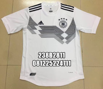 f43a260b7 Jual Online Jersey Kaos Baju Bola Grade Ori 2017 2018 Jaket Sweater ...