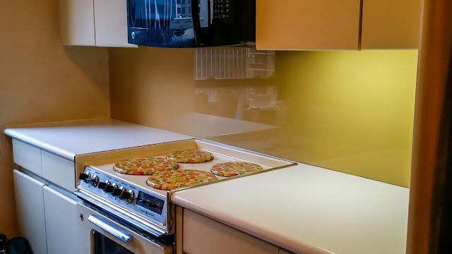Kitchen Glass Back-splash Oklahoma | Back painted glass okc | color matching glass backsplash