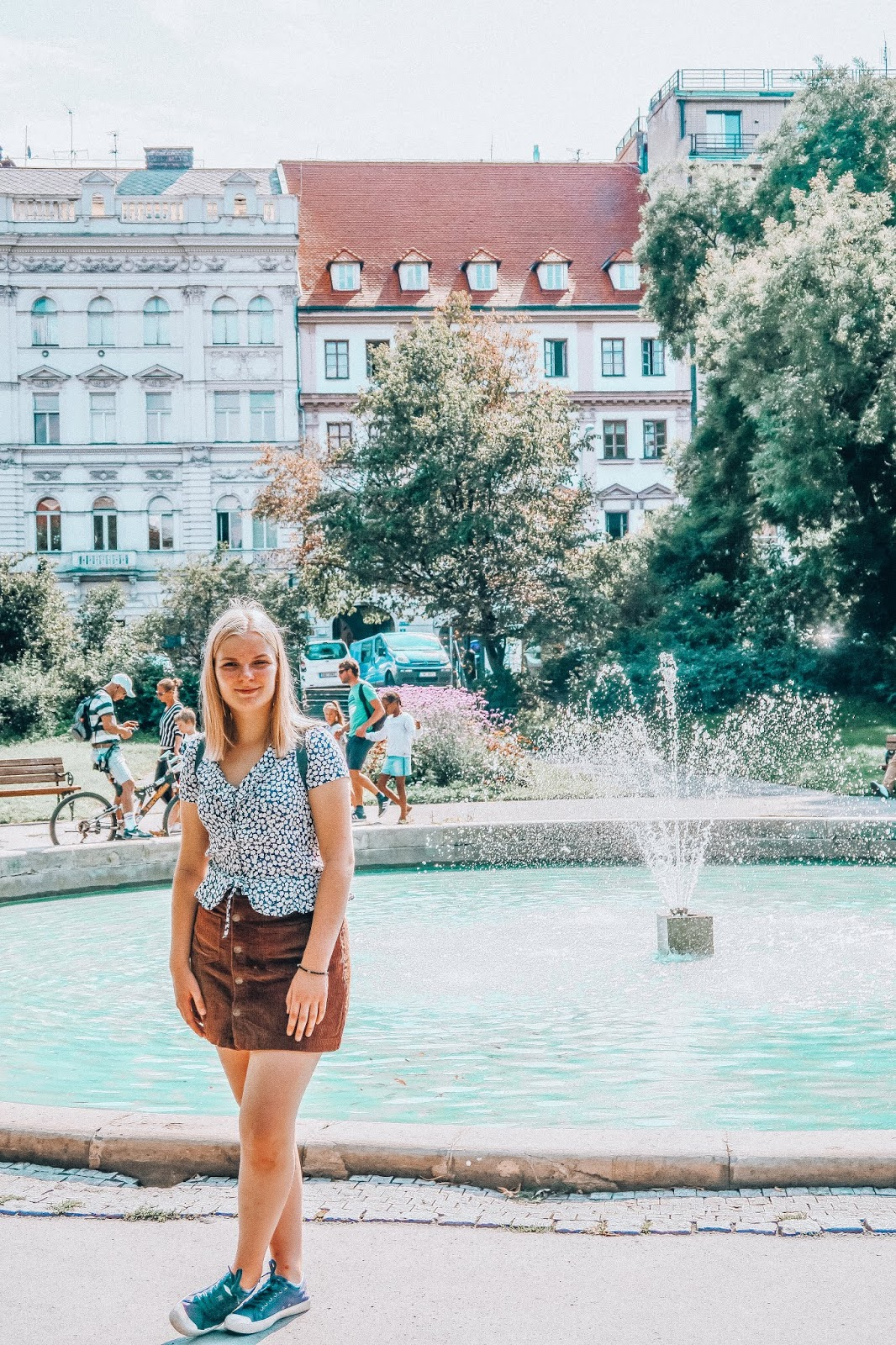 2019 | ANNA TWENTY SEVEN PRAGUE