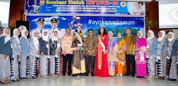 Lipsus: Puteri Indonesia dan Puteri Indonesia Pariwisata Pulang Kampung ke Pariaman