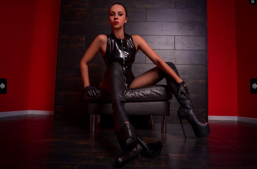 https://pvt.sexy/models/hk5e-elitebrat/?click_hash=85d139ede911451.25793884&type=member