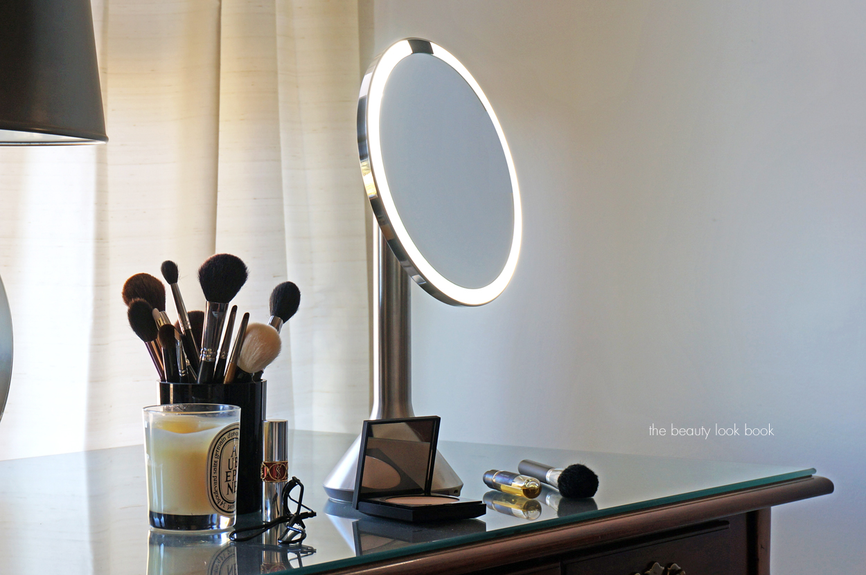 Simplehuman Sensor Mirror The Beauty Look Book