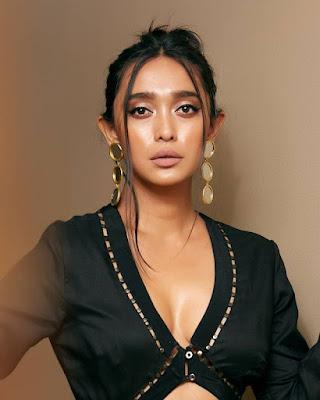 Sayani Gupta netflix actress