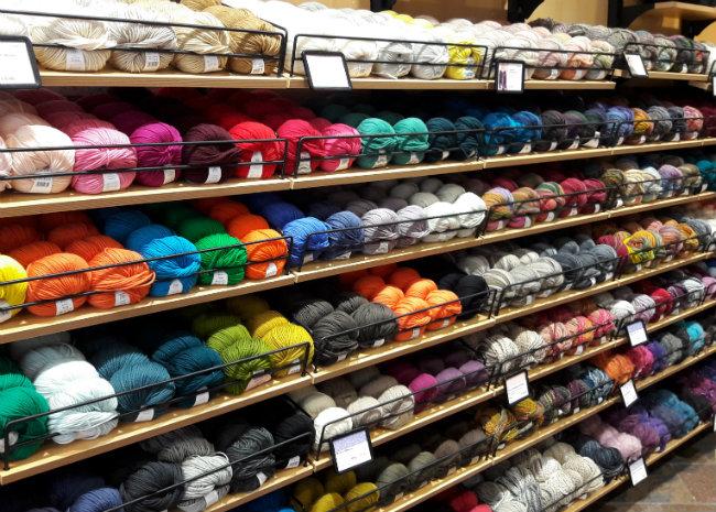 Wool shop in Heidelberg, Germany | Happy in Red