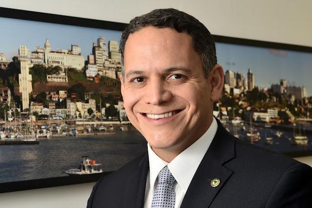 Pablo Barrozo saúda Riachão das Neves