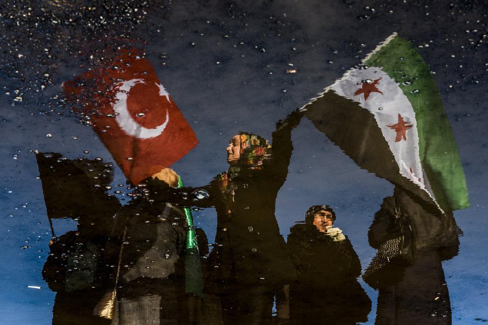 35 Photos Of Protesting Women That Portray Female Power - Turkey