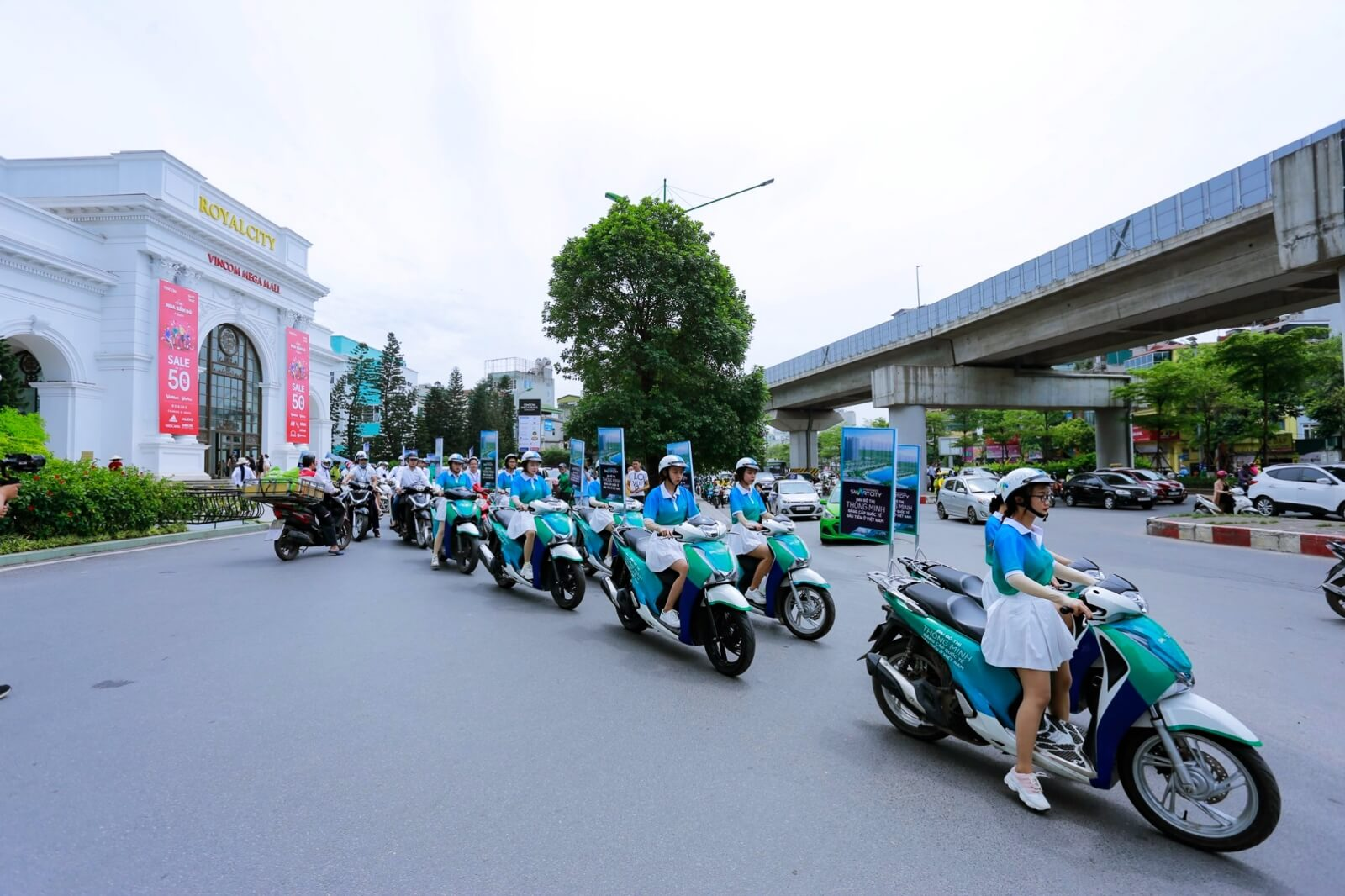 Road show Vinhomes Smart City Tây Mỗ