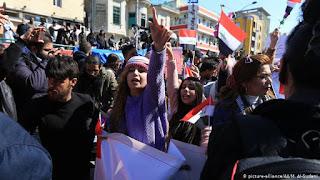 Warga Irak Turun Jalan Menentang Seruan Ulama Syiah Moqtada Al-Sadr