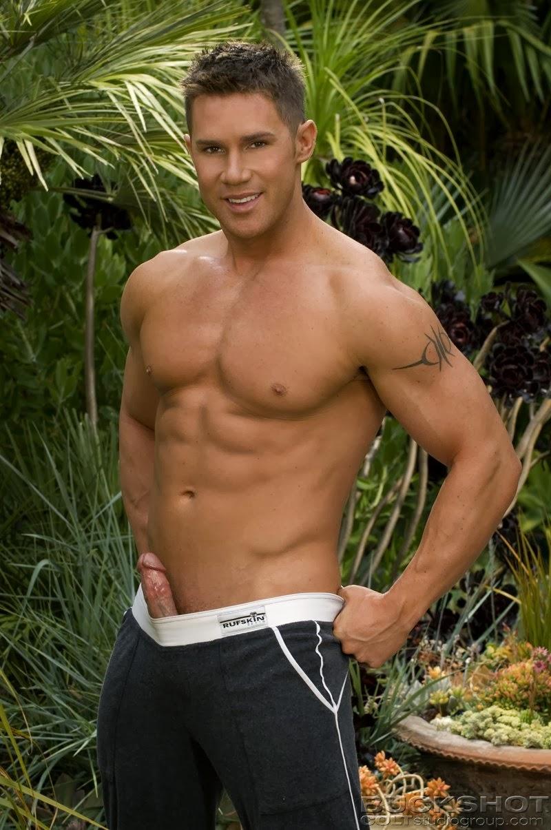Benjamin Bradley Nude 15
