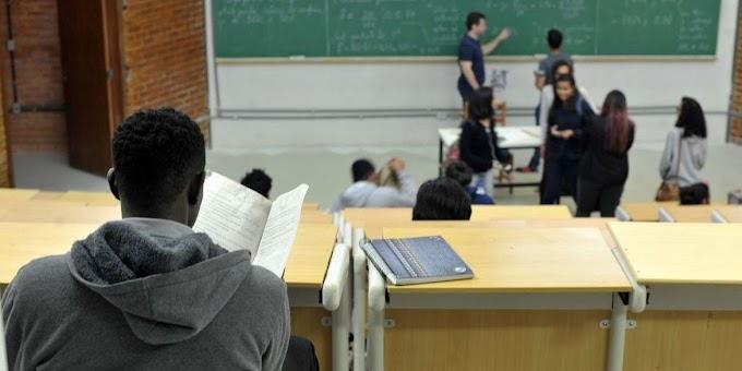 MEC determina retorno presencial em universidades federais