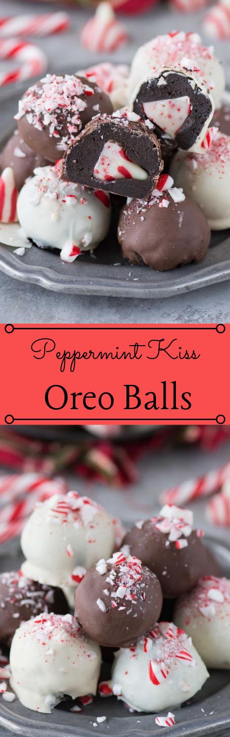 Peppermint Kiss Oreo Balls #oreoballs #desserts #cakes #snack #party