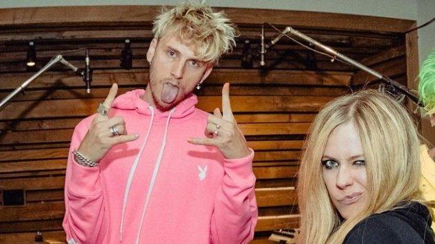 ¿Filtran el tracklist del nuevo álbum de Avril Lavigne por error?